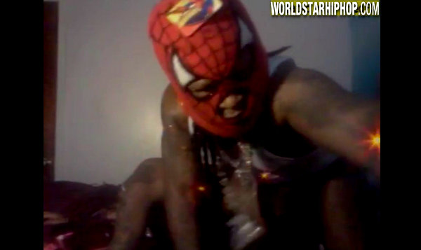 He Can't Be Serious: Fake A$$ Spiderman From Chicago Goin Hard In The Punani & Waving A Pistol!? (*Warning* Must Be 18 Years Or Older To View)